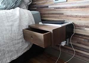 Table De Nuit : peut on laisser son smartphone sur la table de nuit toute la nuit ~ Teatrodelosmanantiales.com Idées de Décoration