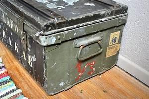 Malle Cantine Metal : coffre jouets malle en m tal cantine militaire valise de voyage r tro vintage indus metal ~ Teatrodelosmanantiales.com Idées de Décoration