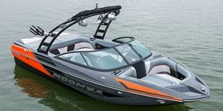 Moomba Boats Price 2014 by 2014 Moomba Mondo Base Boat Reviews Prices And Specs