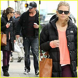 AnnaLynne McCord & Dominic Purcell: Coffee Strolling ...