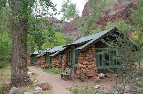 Phantom Ranch Cabins 0271