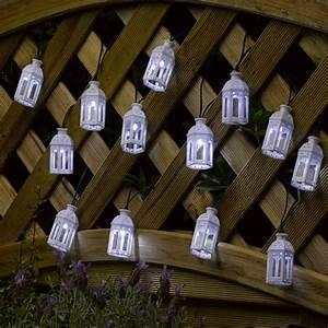 Guirlande Led Blanche : guirlande lanterne marocaine led blanche x 16 sur guirlandes solaires ~ Teatrodelosmanantiales.com Idées de Décoration
