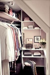 Dressing Sous Pente De Toit : les meubles sous pente solutions cr atives ~ Preciouscoupons.com Idées de Décoration