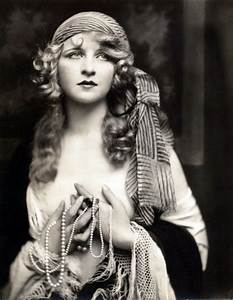 Myrna Darby 1920's - fortune teller | Interesting people ...