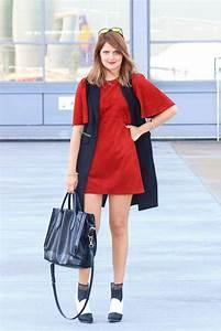 Zara In Hamburg : rotes suede kleid von zara mit schwarzer weste ~ Watch28wear.com Haus und Dekorationen