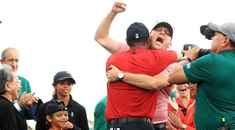 Inside the clubhouse as Tiger Woods' family watched his ...