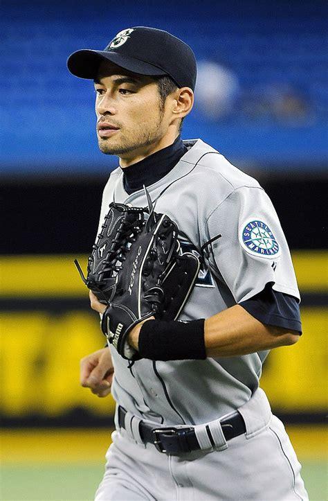 Ichiro Suzuki Number by Lot Detail 2010 Ichiro Suzuki Used And Signed