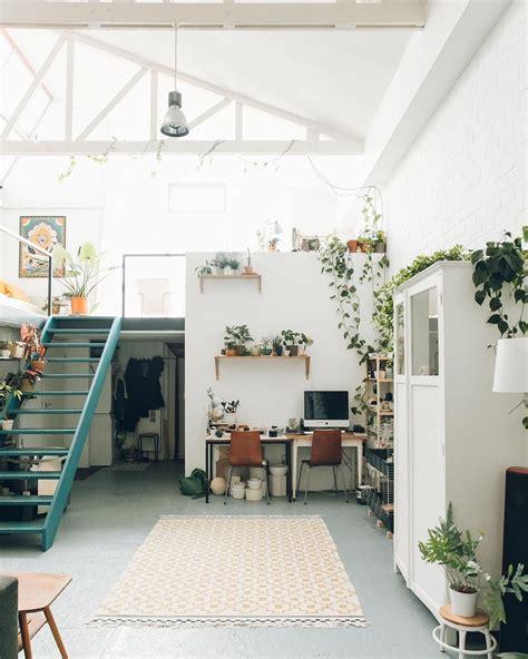 möbel loft essen bel espace loft blanc et lumineux adouci par les plantes et les touches de couleur id 233 es pour