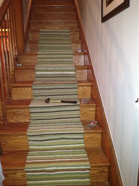 tips customize  stair runners  protects  stairs gratevilledeadcom