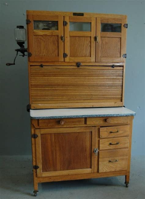 mcdougall kitchen cabinet 113 mcdougall kitchen cabinet lot 113 4043