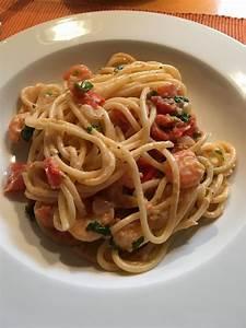 Pasta Mit Garnelen : sommerliche pasta mit garnelen tomaten und rucola rezept mit bild ~ Orissabook.com Haus und Dekorationen