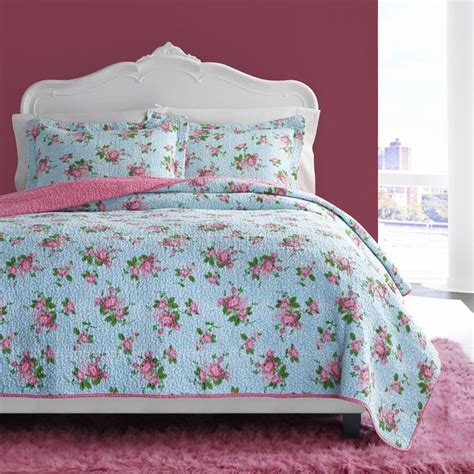 betsey johnson comforter 17 best images about a betsey abode on yellow