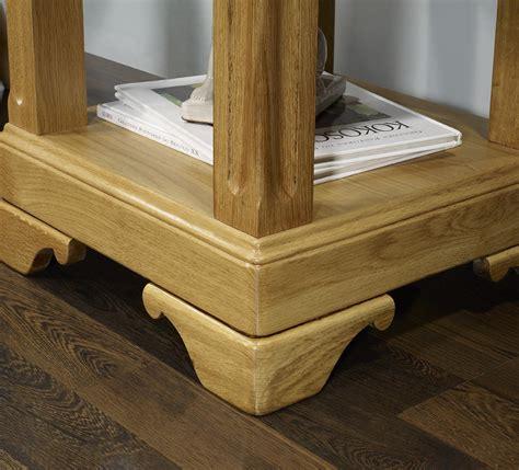 bout de canapé chêne bout de canapé ou table d 39 appoint en chêne de style louis