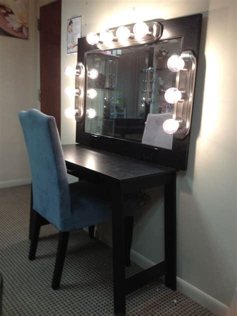 Vanity Mirror With Bulbs - diy vanity bellesabytheresa