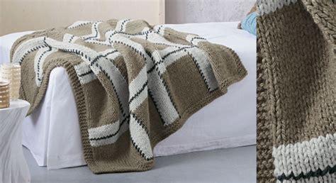 modele plaid tricot gratuit un plaid a carreaux en jersey prima