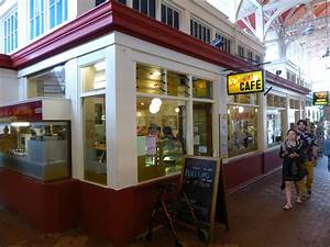 Brown's Café - A Favorite in Oxford Covered Market