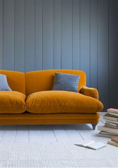 gros coussins pour canapé photo de canapé cocooning avec des gros coussins pour bien