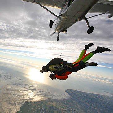 saut en parachute mont michel saut en parachute au mont michel manche 50