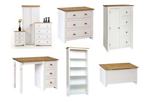Bedroom Desk Storage by White Pine Bedroom Furniture Bedside Drawers