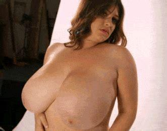 Big Titted Bbw Swinging Her Tits Poetphenom