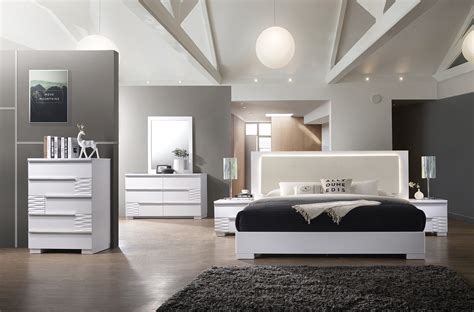 bedroom modern style decor ideas  room  small