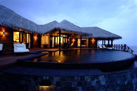 iruveli  serene beach house  maldives architecture design