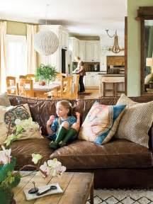 fabulous southern living family rooms leather sofa in