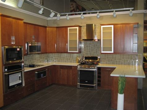 discontinued  natural cherry flat panel kitchen cabinets