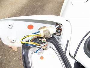 Flag Mirror Wiring Gurus Needed   Help
