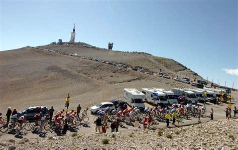 tour de mont ventoux mont ventoux le mythe de la peur blanche tour de cyclisme
