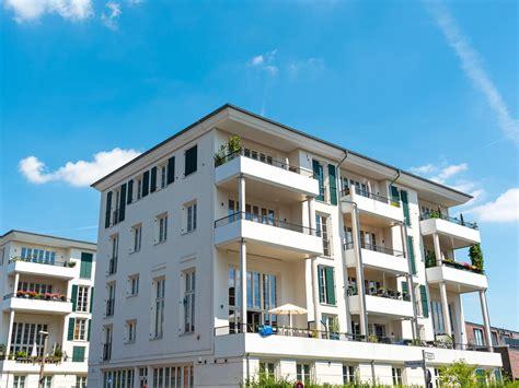 mehrfamilienhaus bauen 6 wohnungen mehrfamilienhaus mit 6 wohnungen schl 252 sselfertig bauen