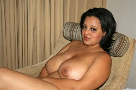 Desi bhabhi Ramila striping to show boobs | Desi Nude Aunty