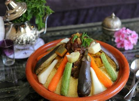 cours de cuisine marocaine apprenez la recette du véritable couscous marocain