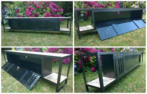 meuble palette bois meuble tv avec plateaux en bois de palette tv cabinet with pallet wood shelves 1001 pallets