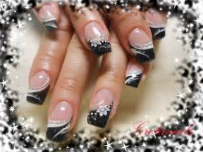 Cute seasonal black tips nail art design from coolnailsart