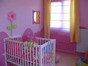 Deco Chambre Bebe Fille : idee deco pour chambre bebe garcon visuel 5 ~ Teatrodelosmanantiales.com Idées de Décoration