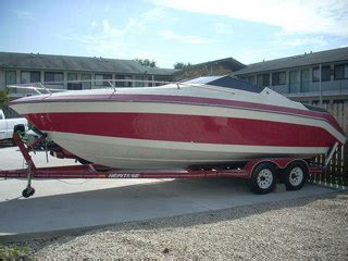 Boat Dealers Des Moines Iowa by 1989 Boat Caravelle For Sale In Des Moines Ia 31l990