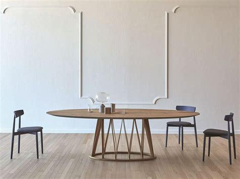 Esstisch Finden Die Richtige Esstischgroesse Und Platz Ermitteln by Die Besten 25 Esstisch Oval Ideen Auf Ovale