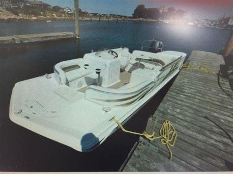 Hurricane Deck Boat Navigation Lights by Hurricane Deck 196 2010 For Sale For 15 000 Boats