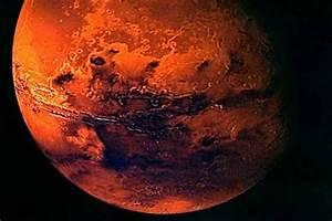 Red planet Mars offers rare celestial treat to sky gazers ...