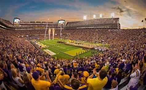 University Of Alabama Football Wallpapers Lsu Tiger Stadium Desktop Wallpaper Wallpapersafari