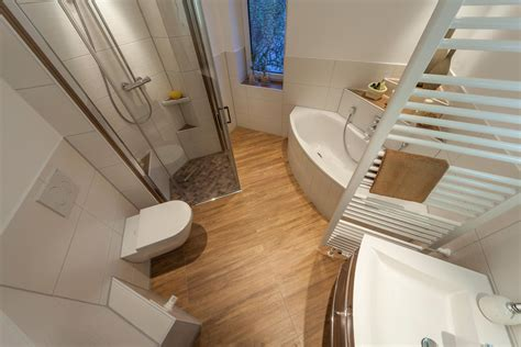 Badezimmer Ideen Mit Eckbadewanne by Eckbadewanne Bilder Ideen Couchstyle