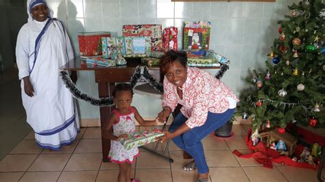 Cox Kares! Donation Of Christmas Gifts