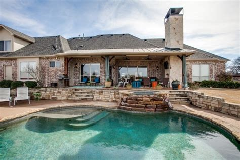 Private Outdoor Living Oasis  Dfw Improved. Cheap Mirrored Nightstand. Bohemian Mirror. Cedar Farmhouse Table. Installing Backsplash Tile. Hands On Painters. Green Console Table. 70 Console Table. Oval Wooden Bowl