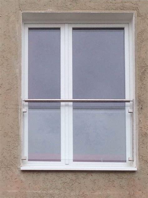 franzoesischer balkon aus glas und edelstahl