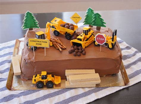 construction zone cake with printable decorations cakes