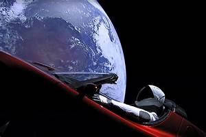 Tesla Dans Lespace : vid o il y a une voiture tesla dans l 39 espace et elle a encore une chance de toucher mars ~ Nature-et-papiers.com Idées de Décoration