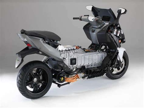 Bmw C Evolution Electric Motorcycle by Bmw C Evolution Electric Motorcycle Electric Motorcycles