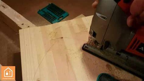 bois a la decoupe fabriquer un bouclier en bois tuto diy pour enfants bricolage facile