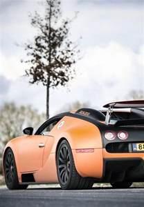 Bugatti Veyron Luxury Car